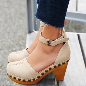 Jeffrey Campbell for Free People Daubs Clogs New